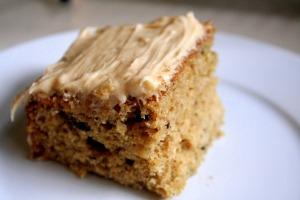 applesauce-spice-cake