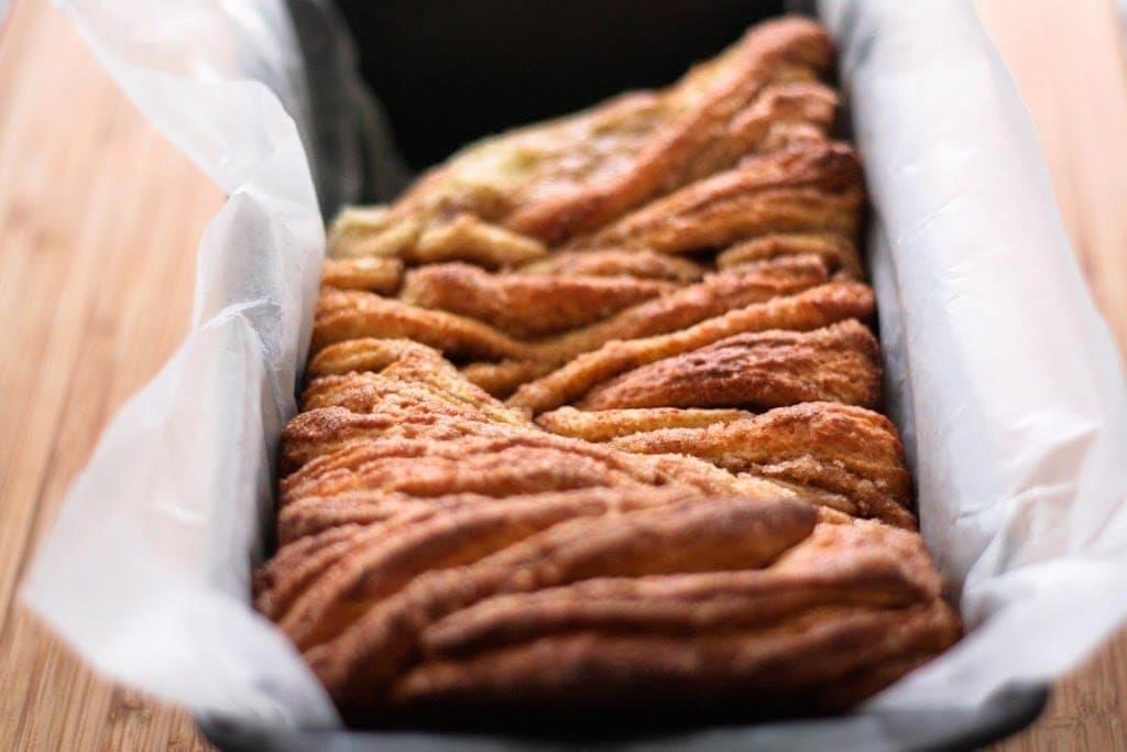 Cinnamon sugar pull-apart bread - Broma Bakery