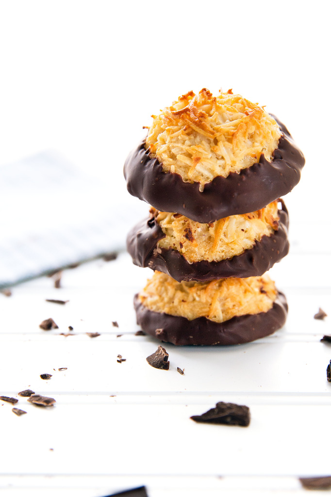 Chocolate Dipped Coconut Macaroons | via Broma Bakery