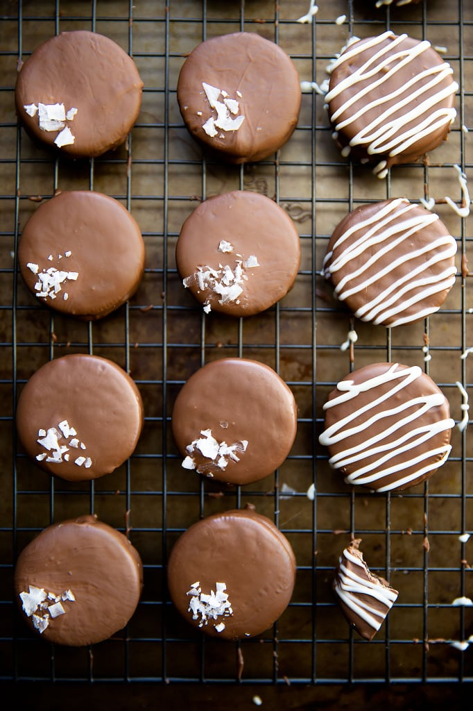 mint chocolate covered oreos on cooling rack