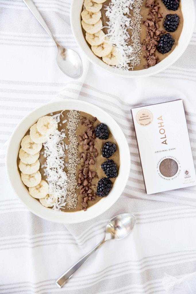 chocolate smoothie bowls