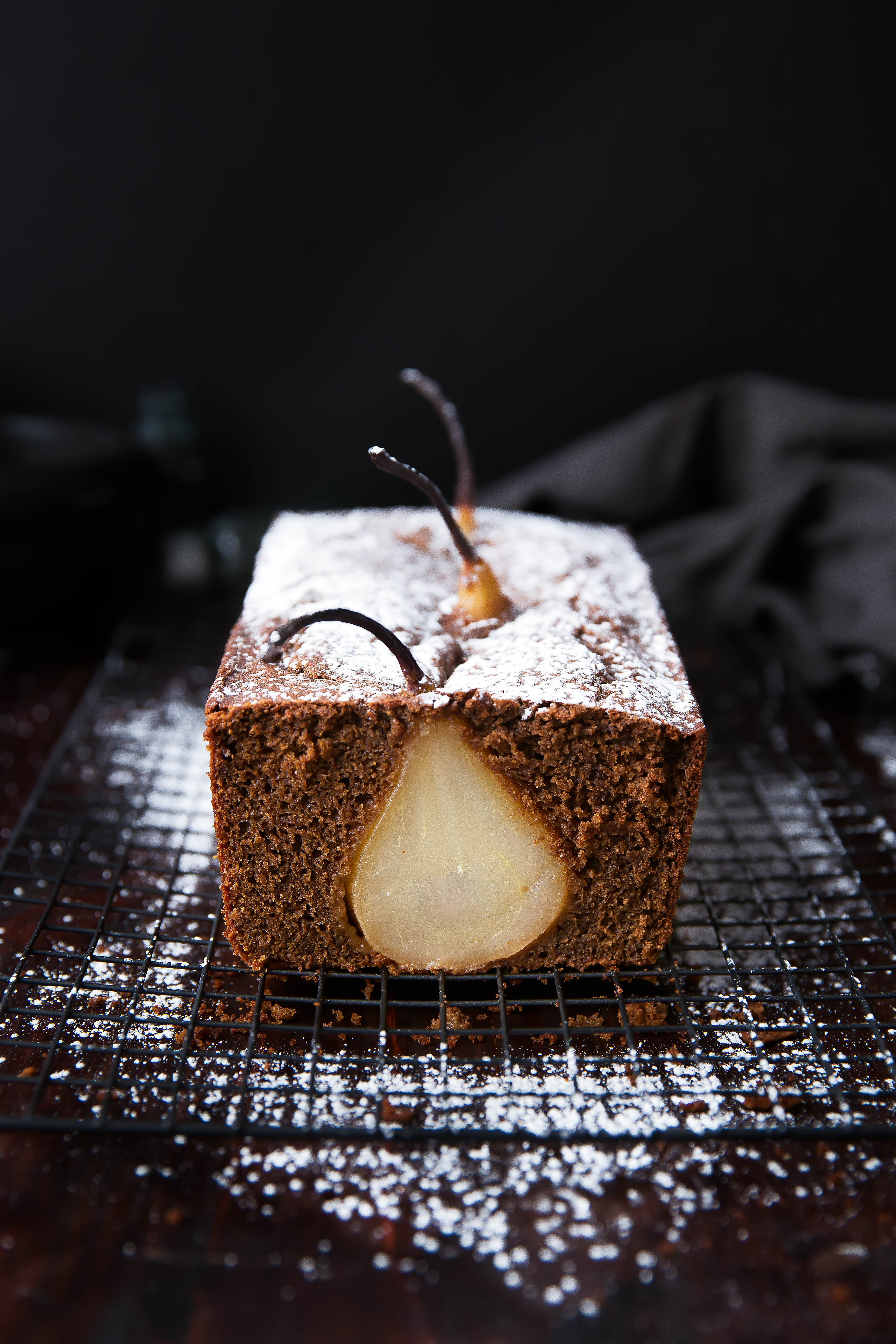 gingerbread loaf with poached pears