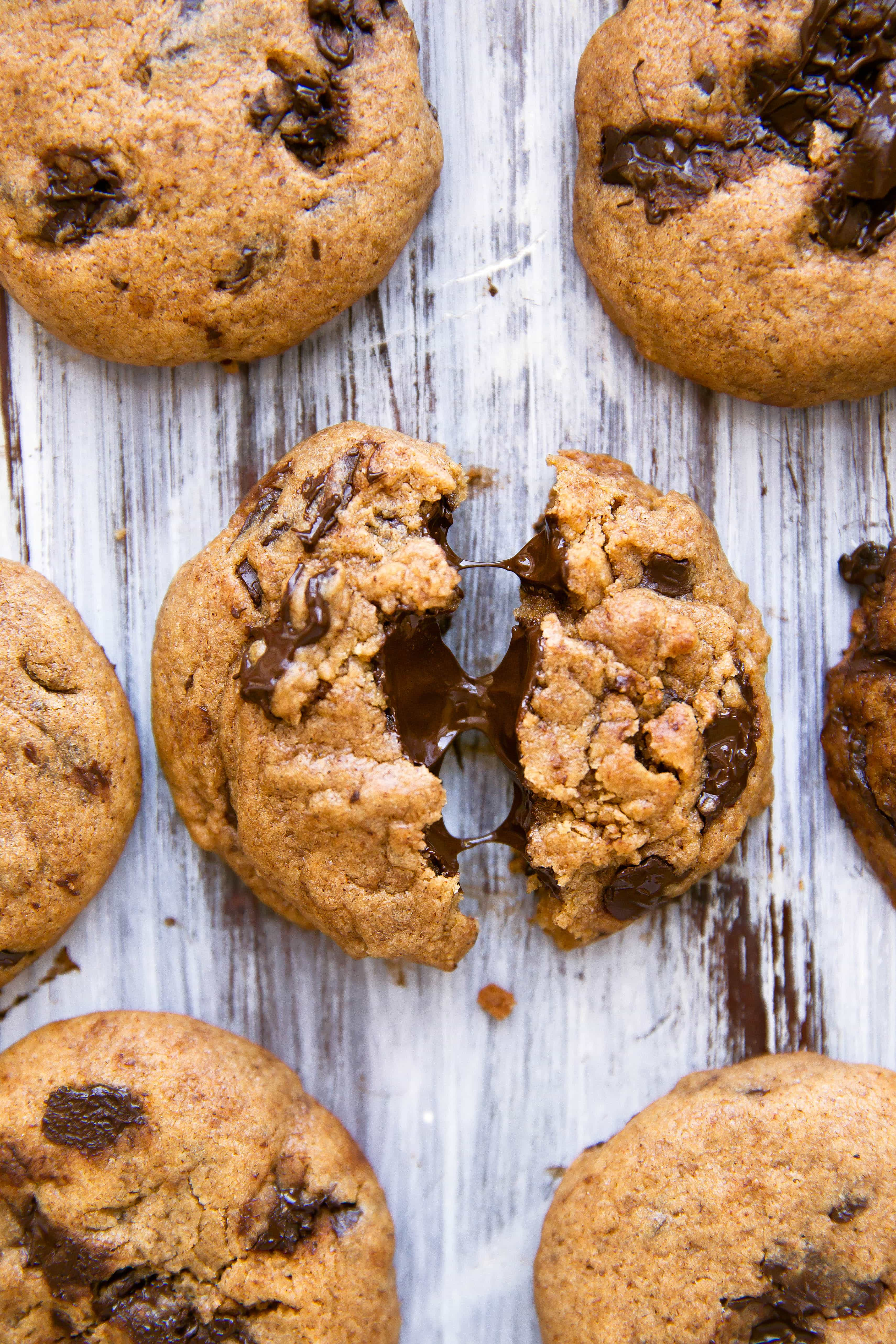 Softbatch Pumpkin Chocolate Chip Cookies: super soft and gooey pumpkin cookies loaded with chocolate chunks!