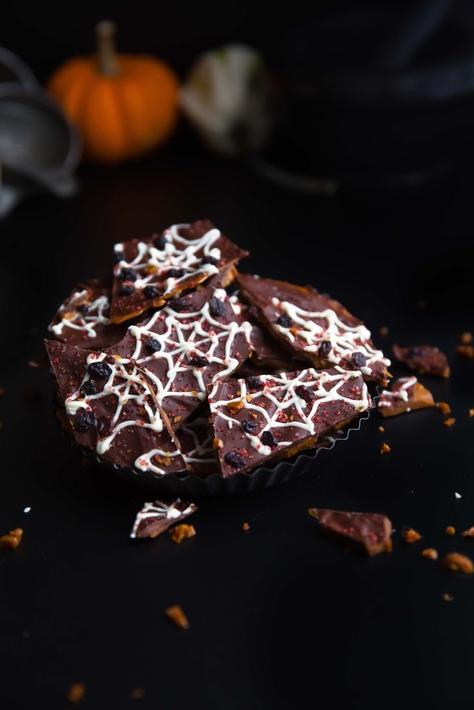 Beware: this spooky Spider Web Toffee Bark is crazy addicting!