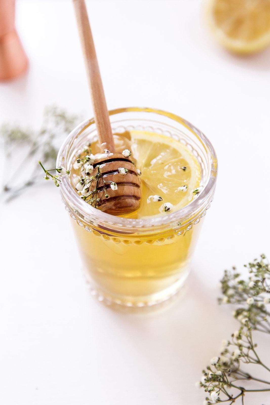 The spring buzz aka chamomile elderflower honey for Honey whiskey drink recipes