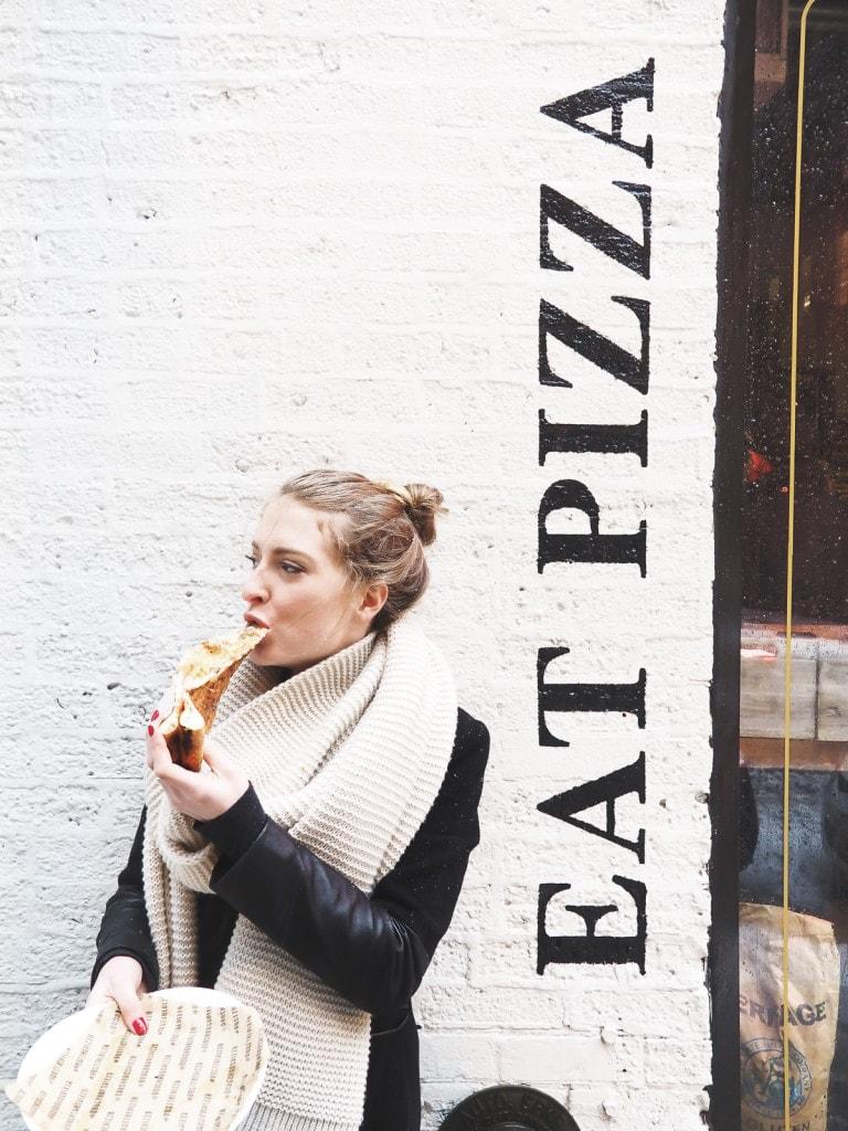 Pizza at Dough Bros, Chicago