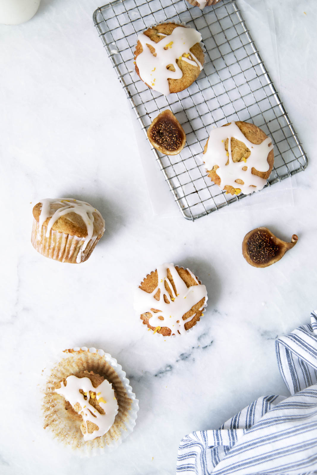 Orange Mascarpone Fig Muffins that taste like a muffin and a donut had a beautiful love child.