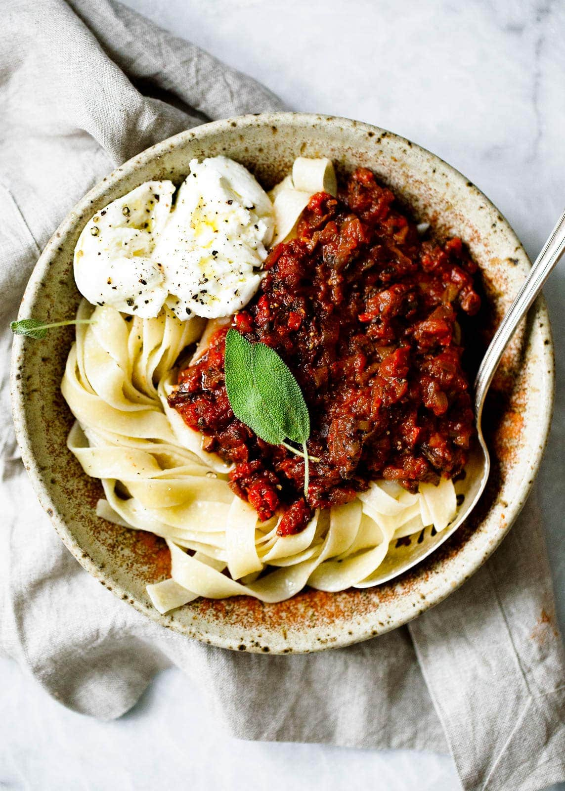 A mushroom bolognese so hearty and delicious you won't notice it's meatless!