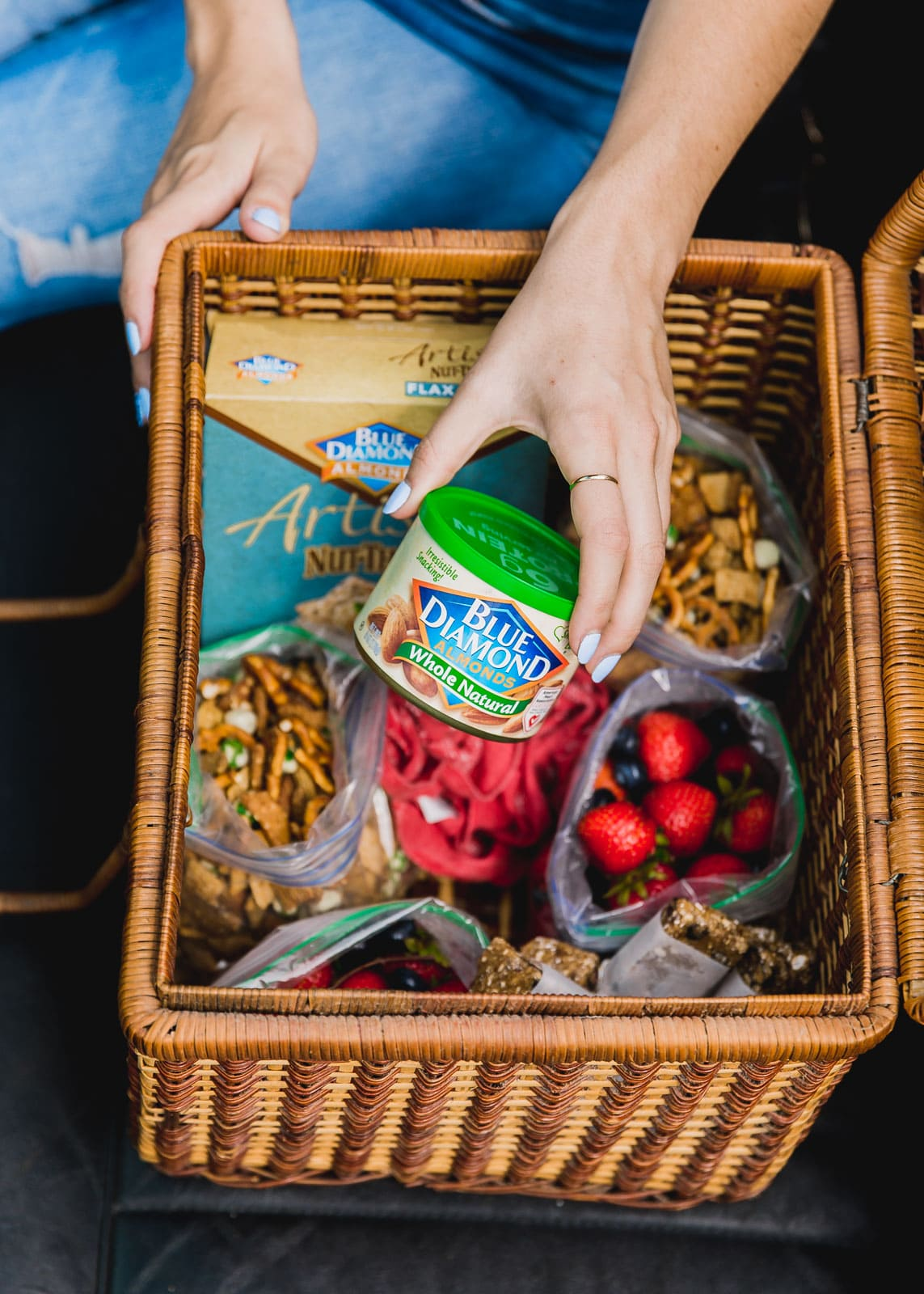 Healthy Road Trip Snacks to keep you full and satisfied all car trip long.