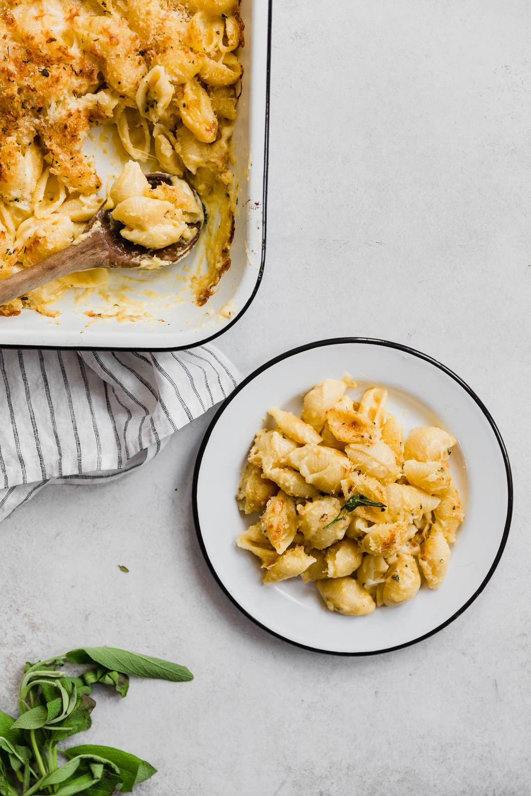 A healthier alternative bursting with flavor, this Butternut Squash Mac and Cheese is my new go-to fall recipe!