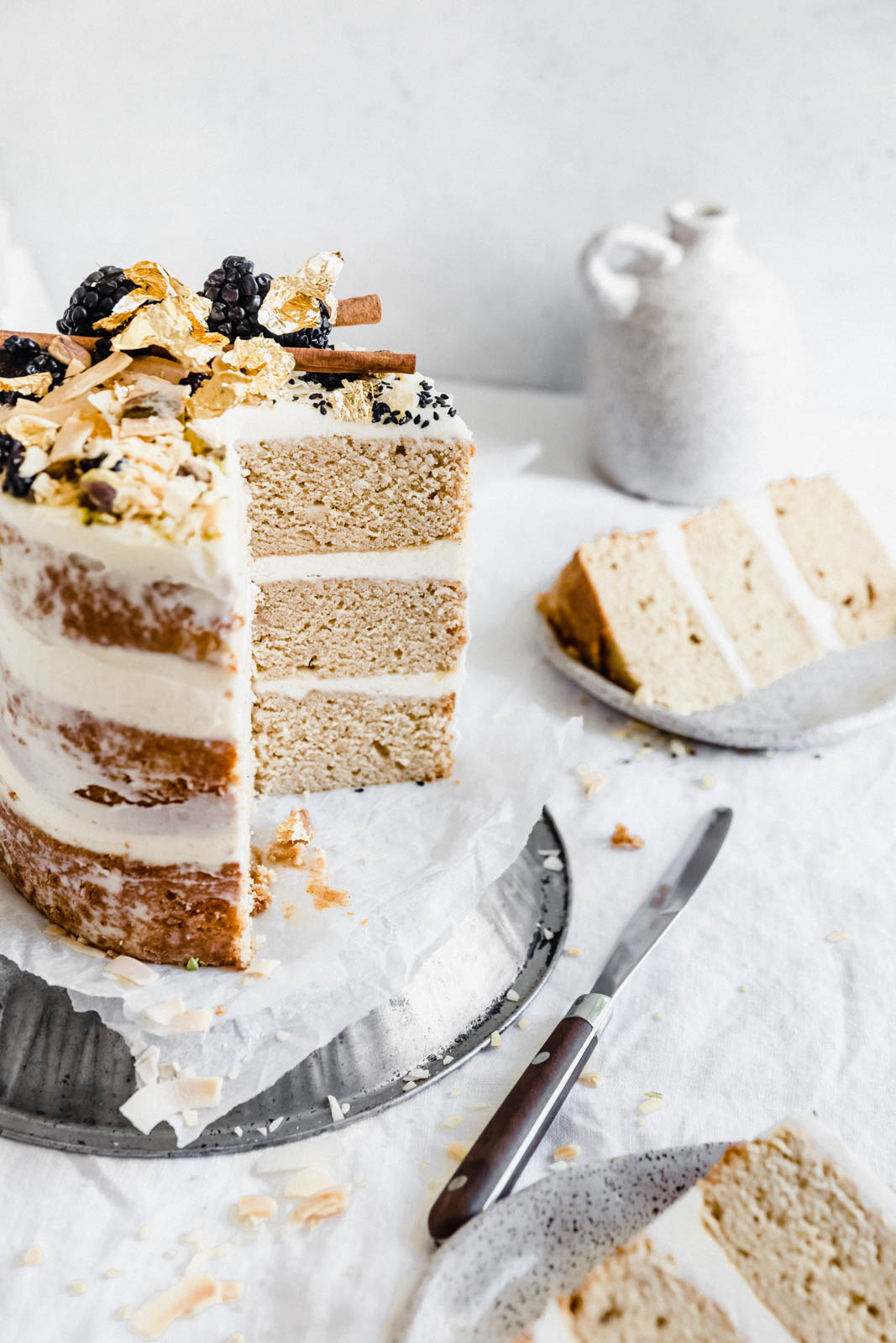 Like chai tea in a cake, this Chai Spice Cake with Vanilla Cream Cheese Frosting is delicately spiced with cinnamon, cardamom, and ginger. YUMMA.