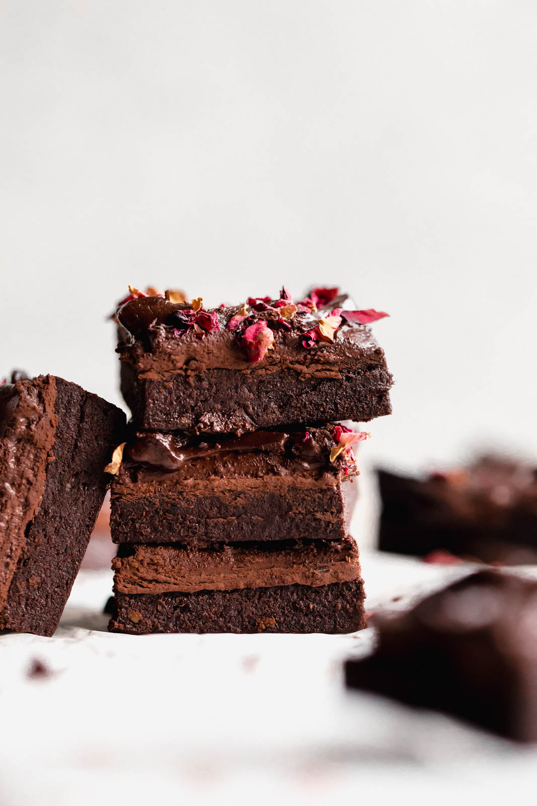The most epic Raw Vegan Brownies that have this non-vegan questioning EVERYTHING. Bonus: they're gluten free and refined sugar free, too!