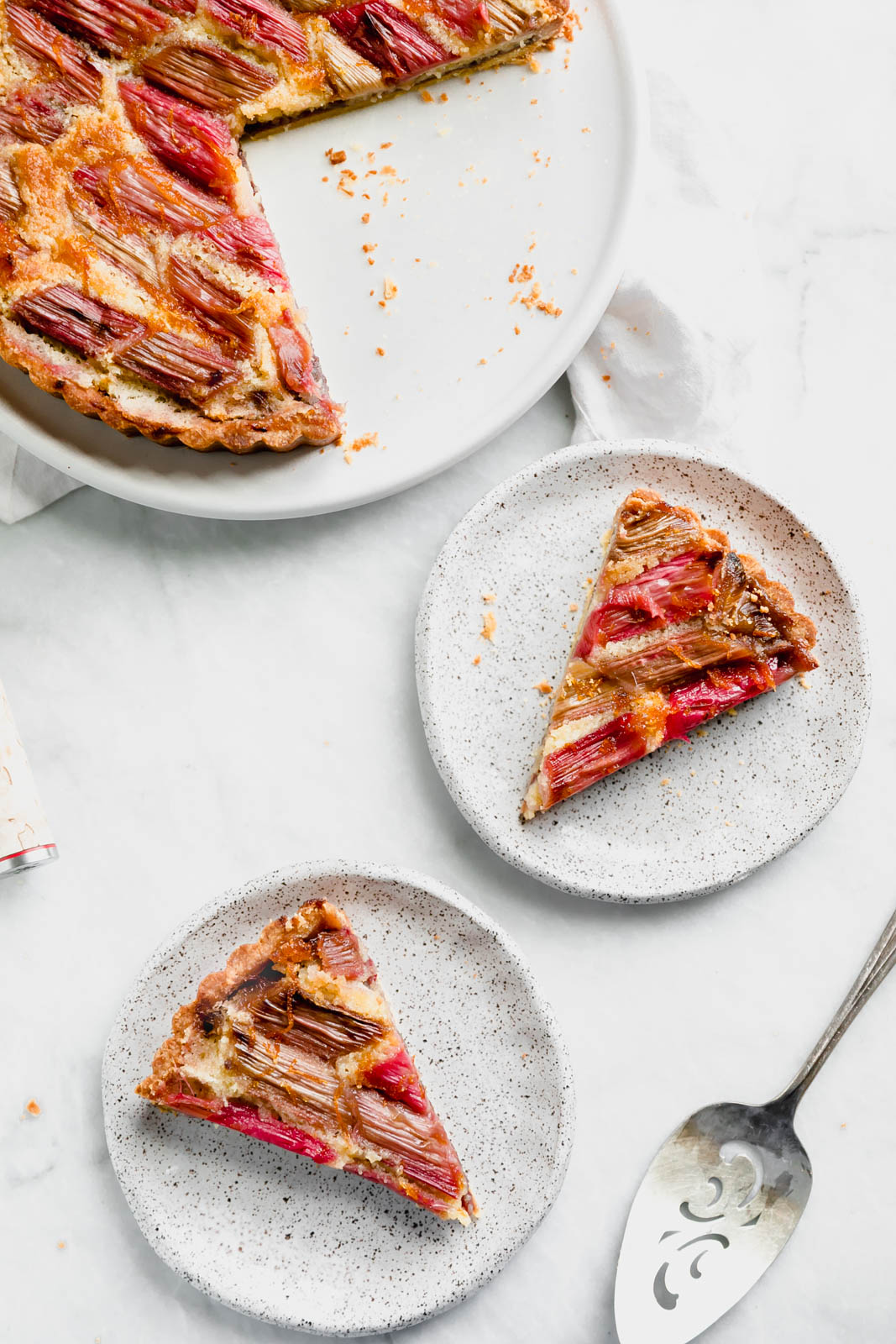 Looking for some crowd pleasing easter brunch recipes? With Easter just around the corner we've rounded up all the brunch recipes you'll need.