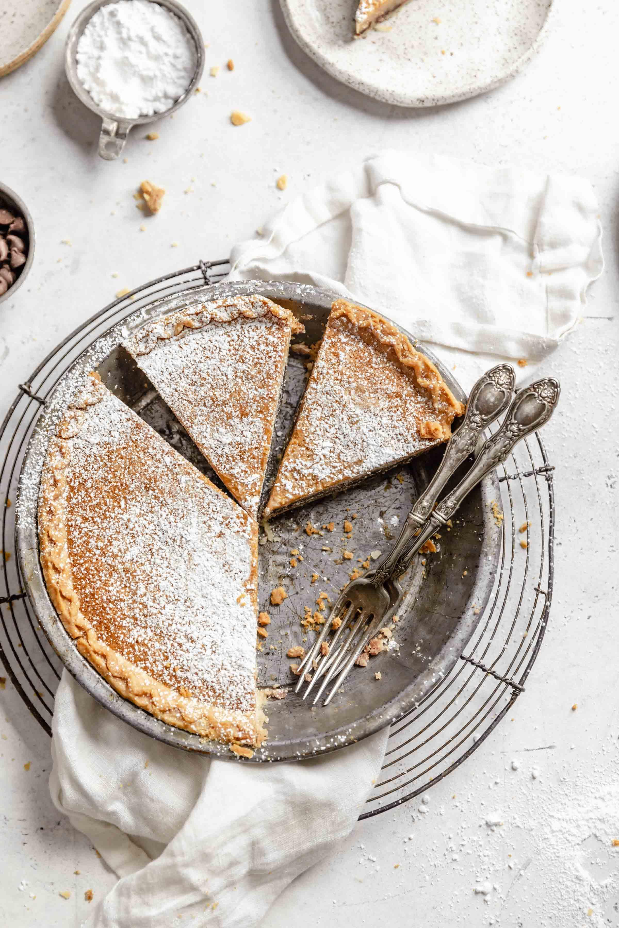 gooey chocolate chip cookie pie recipe