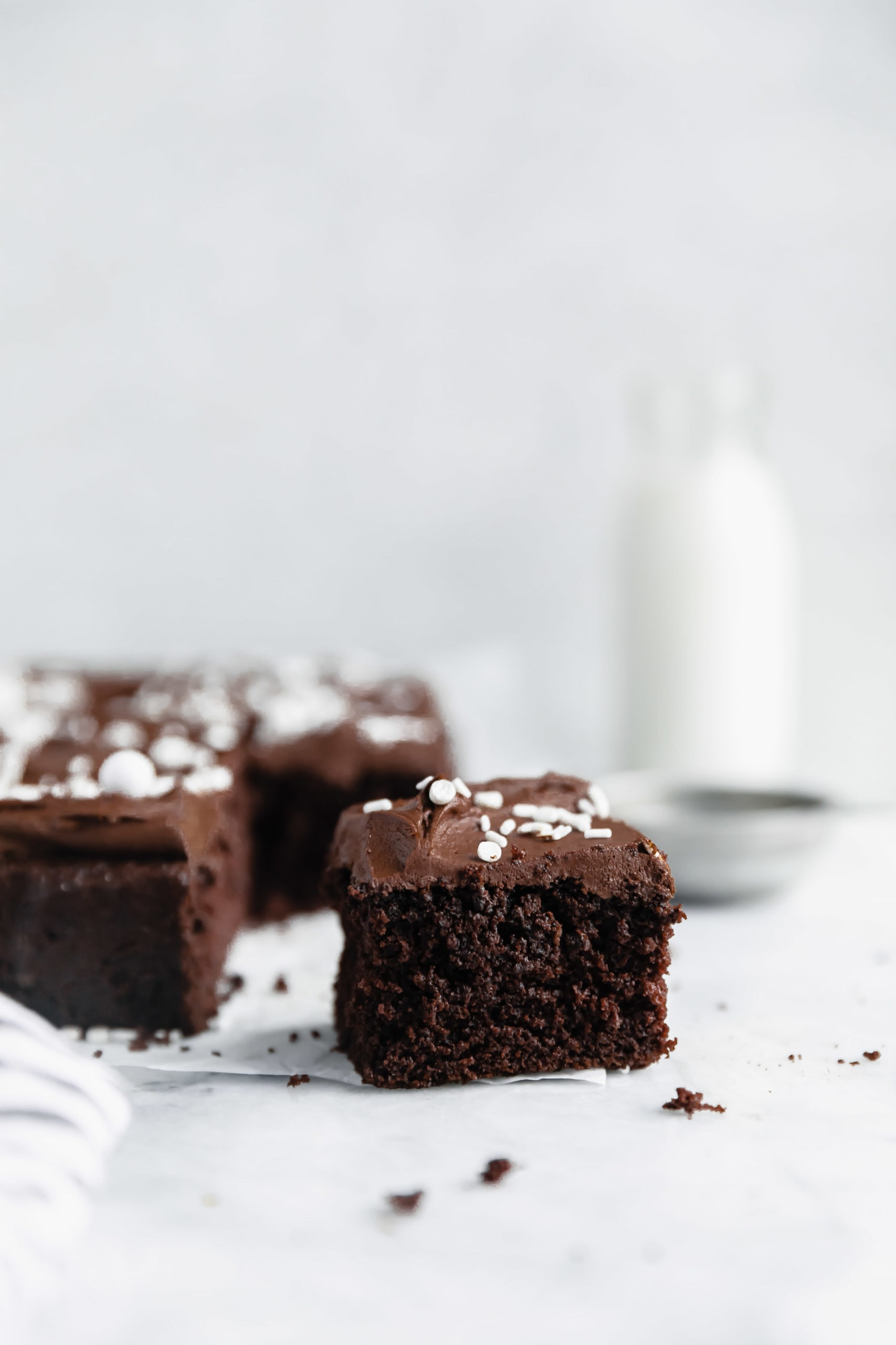 Introducing the best gluten free chocolate cake you'll ever eat. Moist, fudgy, cakey, and oh so chocolatey, this easy gfree chocolate cake recipe is the only one you'll ever need!