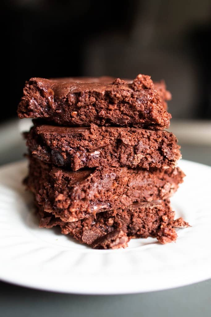 stack of low calorie brownies