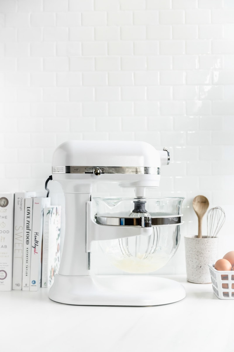 how to make vanilla cake in stand mixer