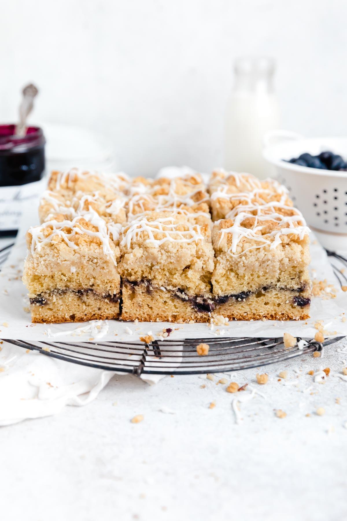 moist blueberry coffee cake
