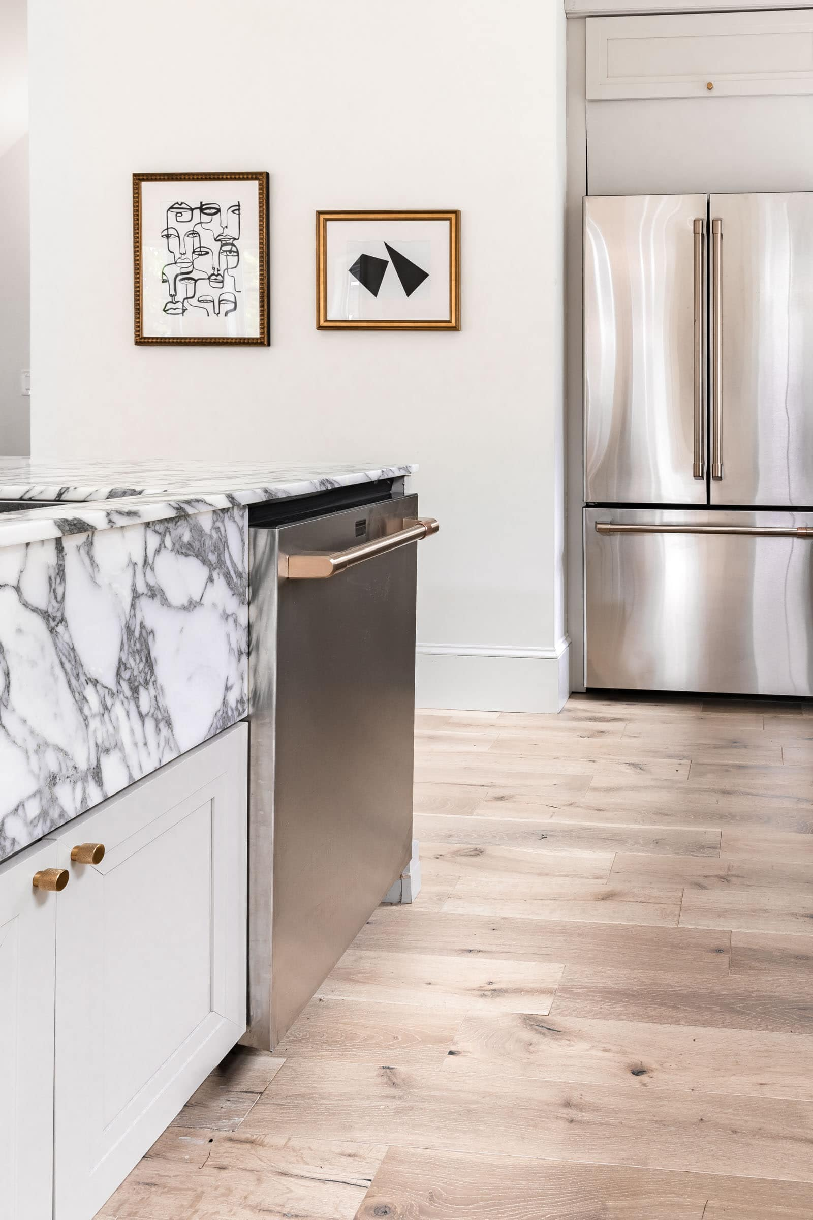 sleek dishwasher