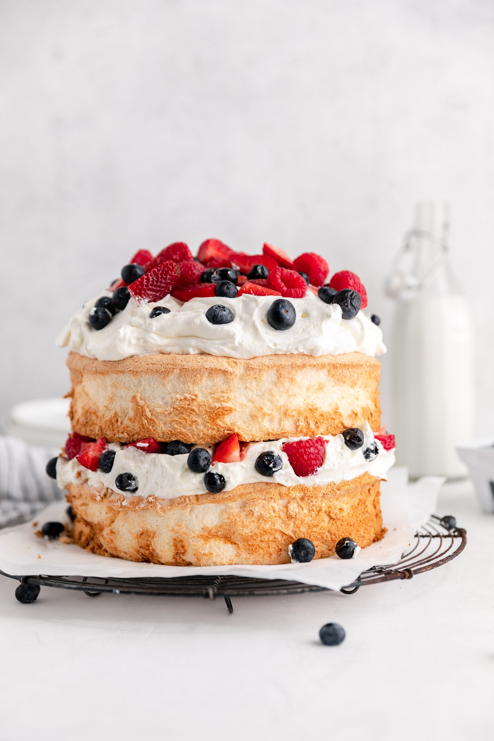 easy berry angel food cake