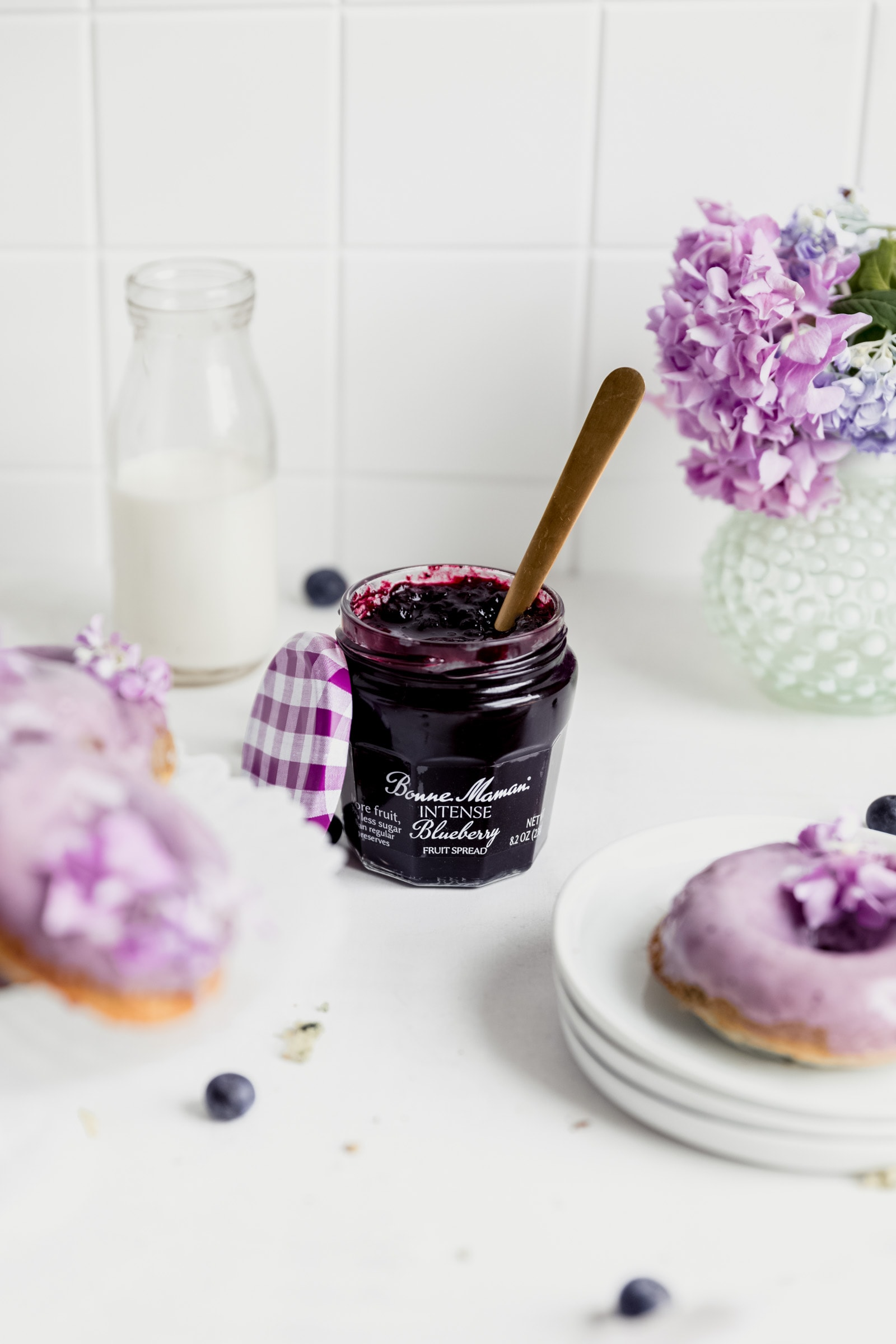 jar of bonne maman blueberry fruit spread