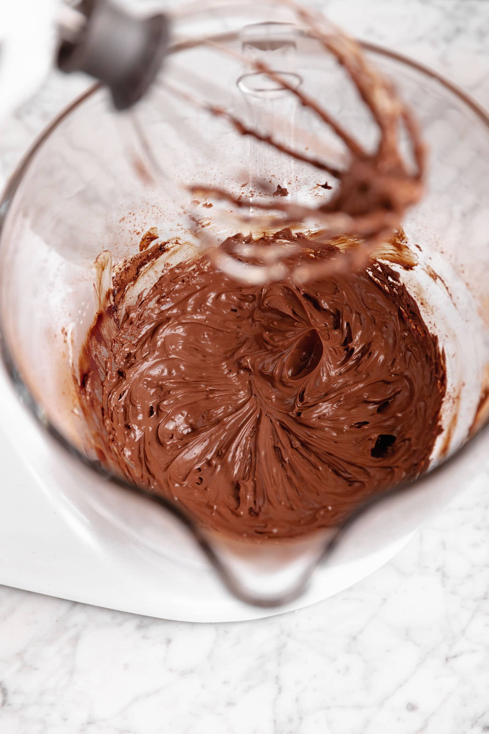 perfect chocolate frosting in a standmixer
