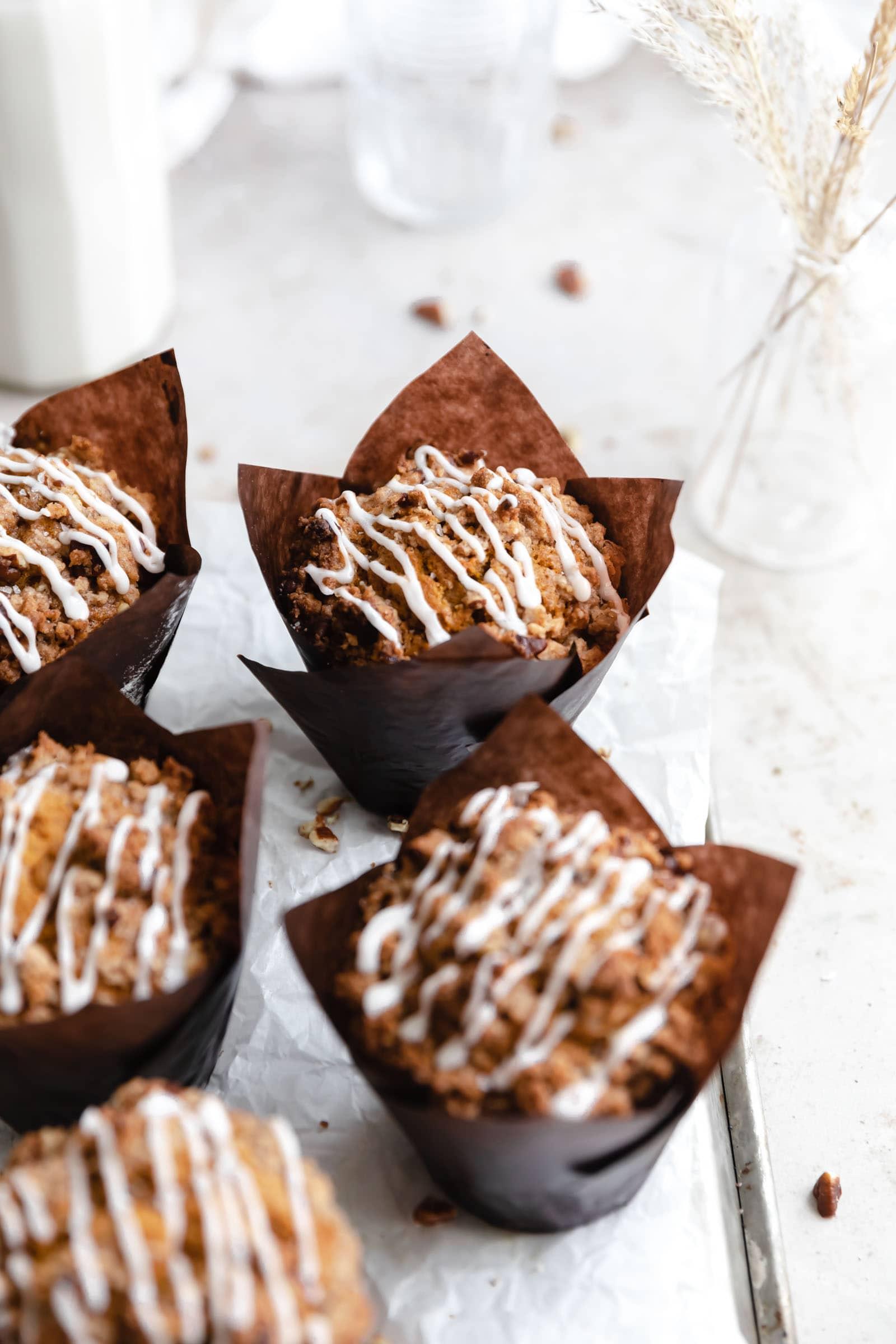 pumpkin streusel muffins with glaze
