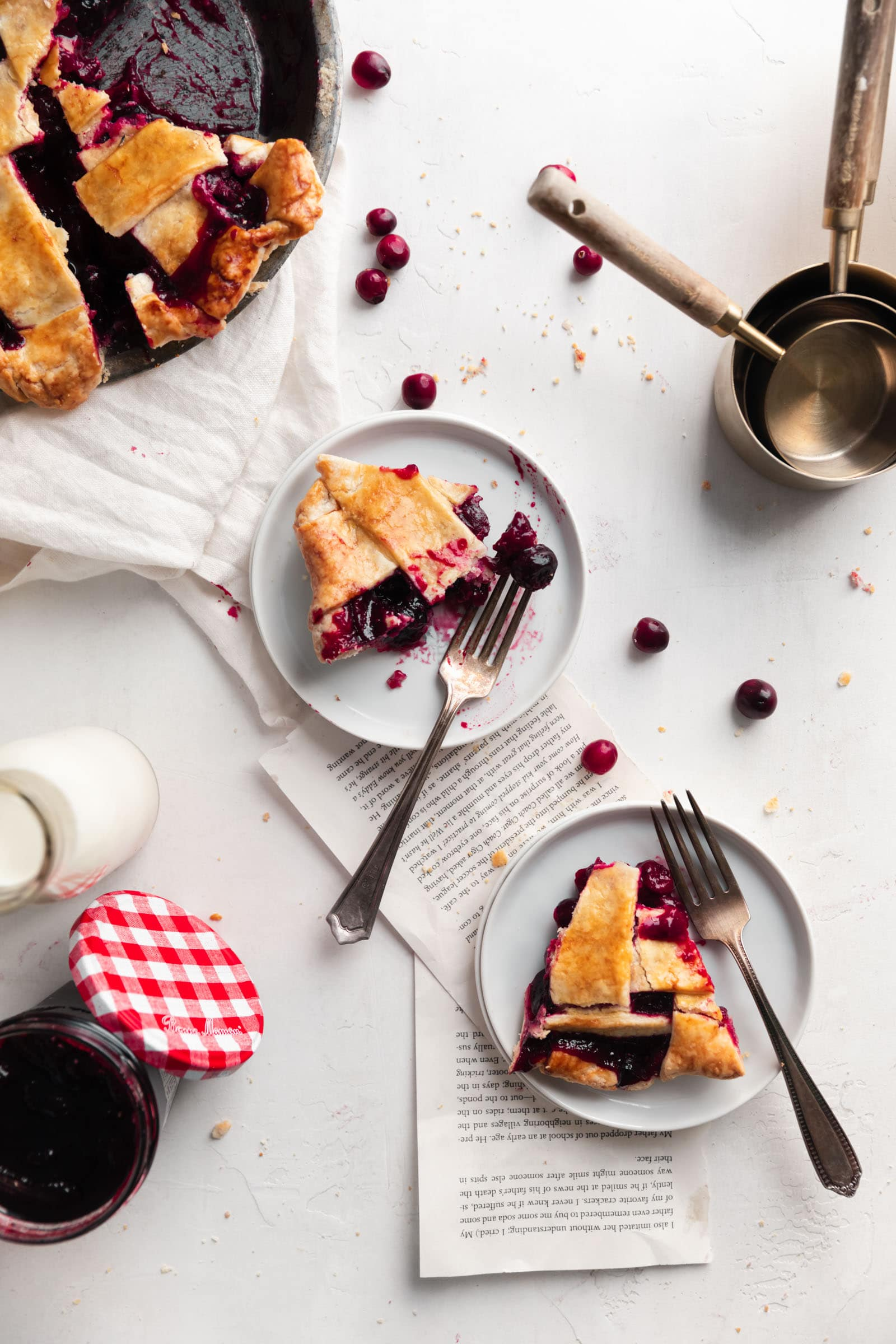 cranberry cherry pie slices