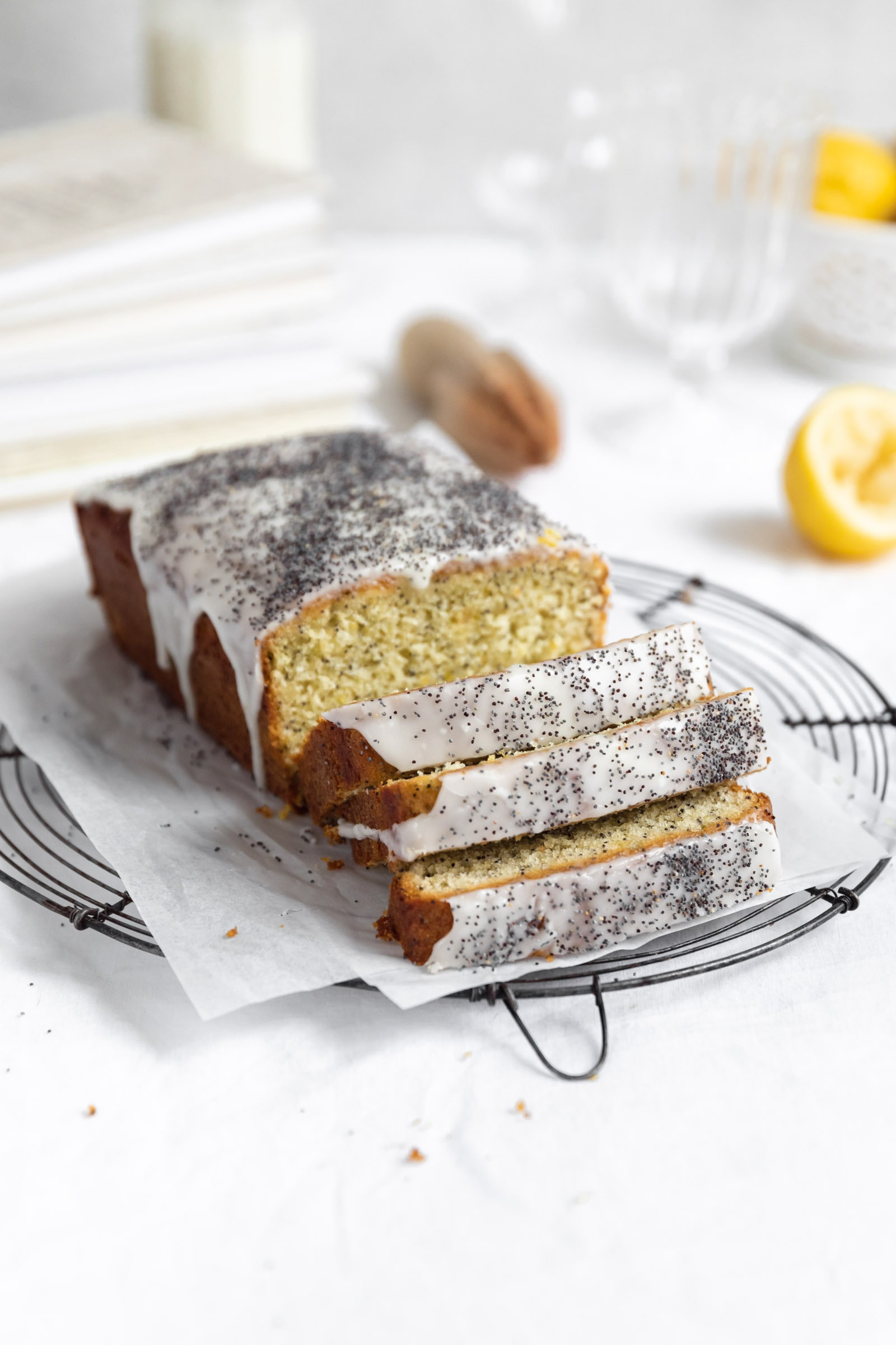 lemon poppyseed loaf cake