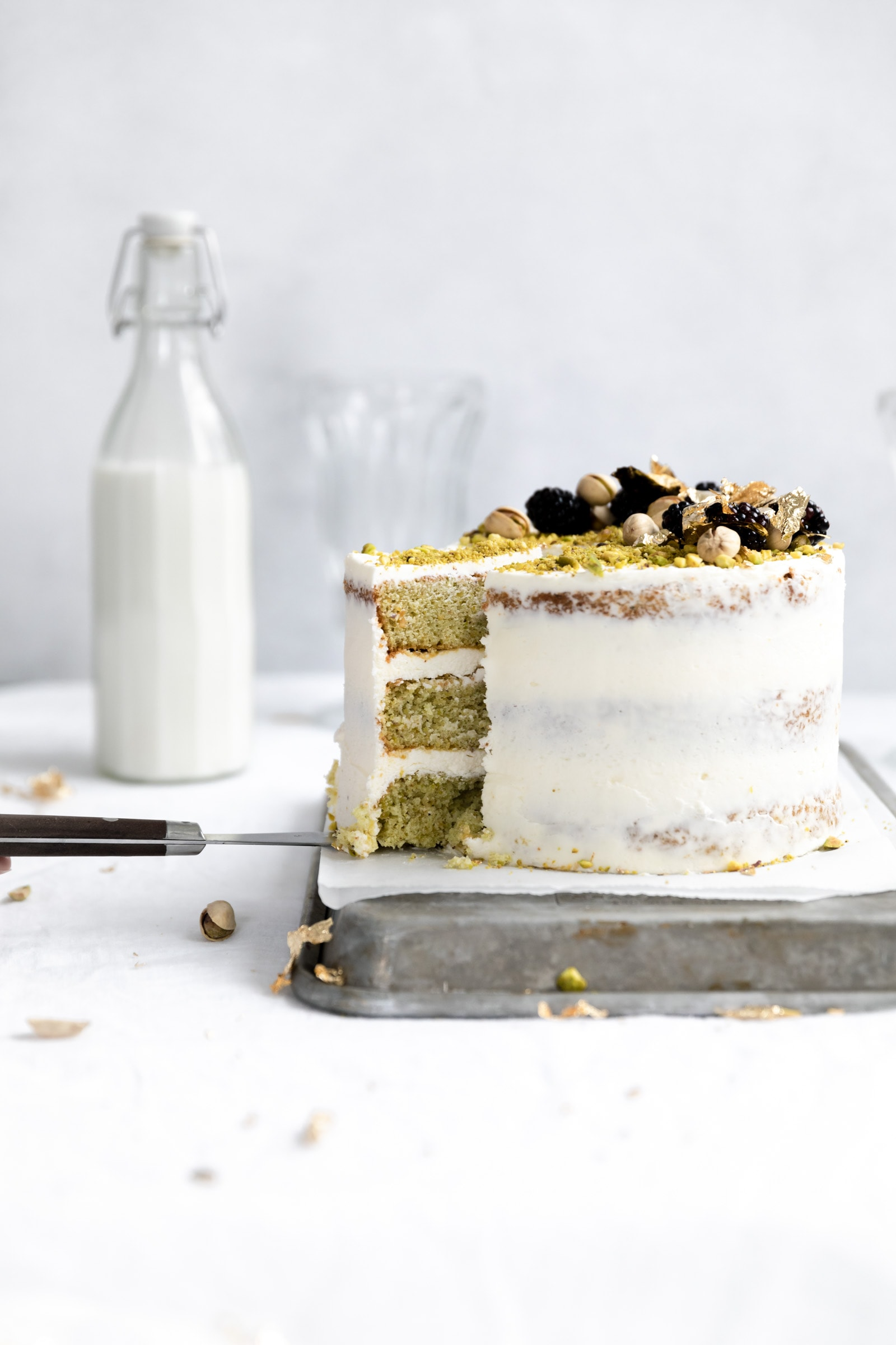 pistachio cake with cream cheese frosting