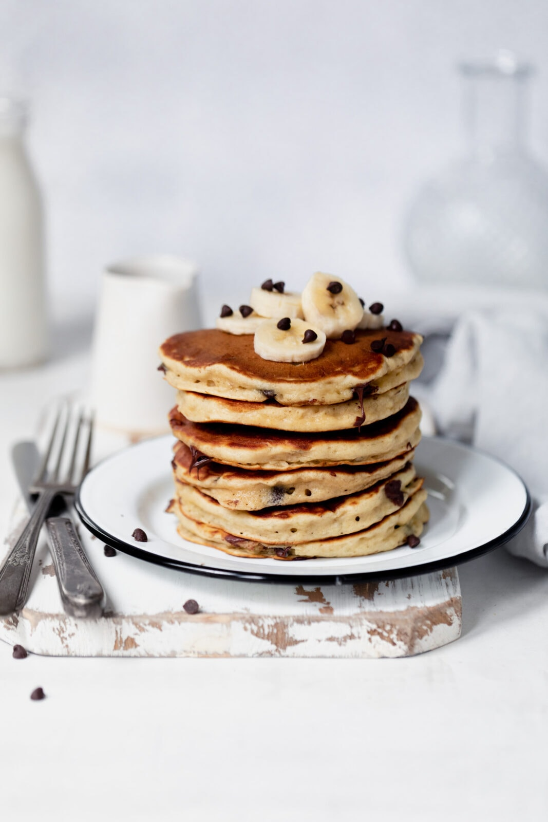 banana bread pancakes with chocolate chips