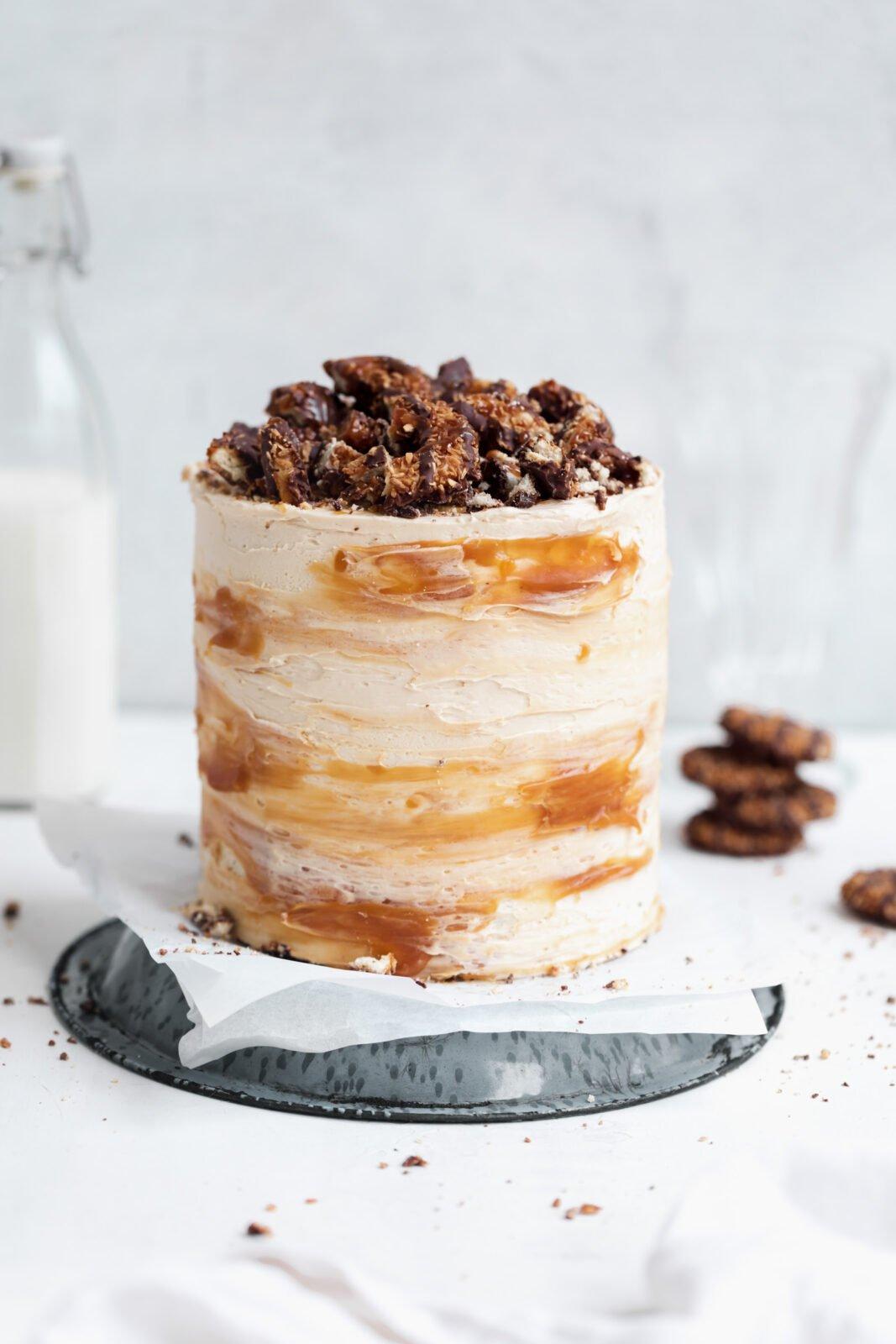 samoa cake caramel buttercream
