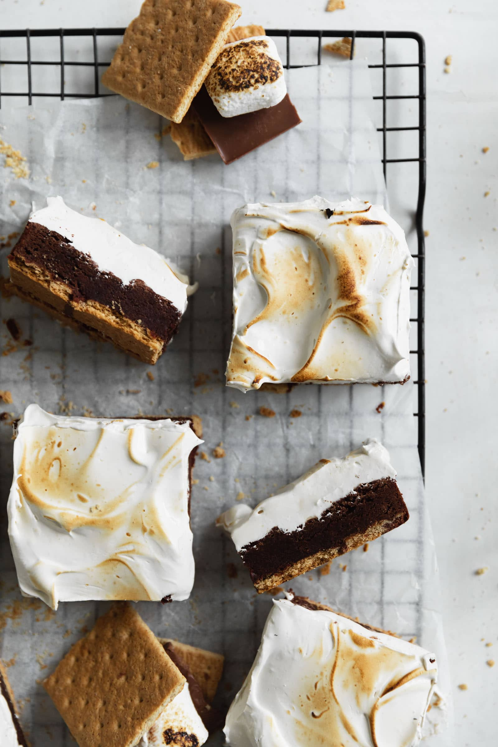 s'mores brownies with marshmallow and grham crackers