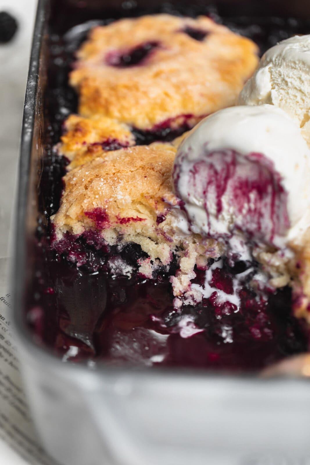 berry cobbler with ice cream