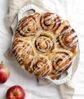 cinnamon roll apple cobbler